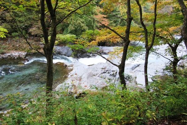 IMG_0852★憾満ガ淵 下を流れるのは大谷川.JPG