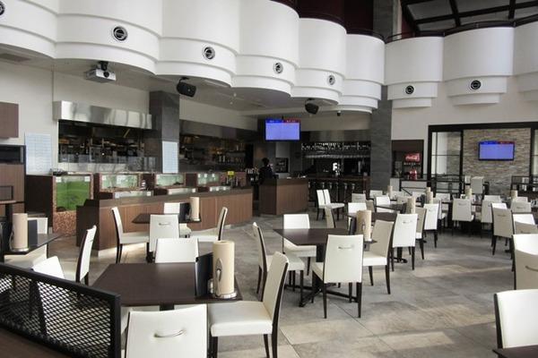 SS ターミナル内のレストラン.jpg
